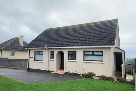 3 bedroom detached bungalow - Dracena, Trefusis Terrace, Redruth, Cornwall