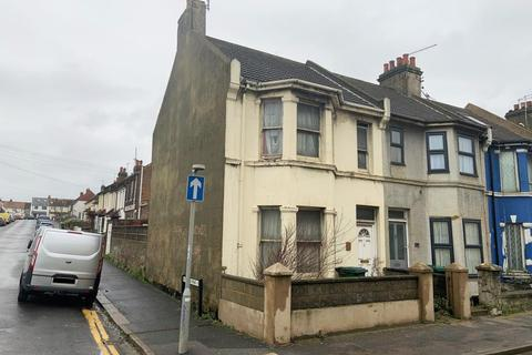 2 bedroom end of terrace house for sale - 10 Church Road, Portslade, Brighton