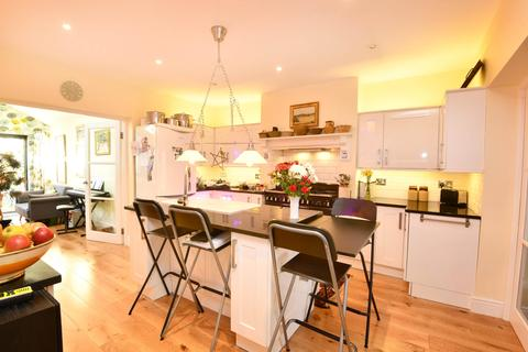 4 bedroom semi-detached house for sale - Victoria Road ,  Cirencester , Gloucestershire