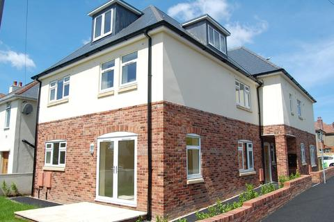 2 bedroom apartment to rent - Oakdale, Poole