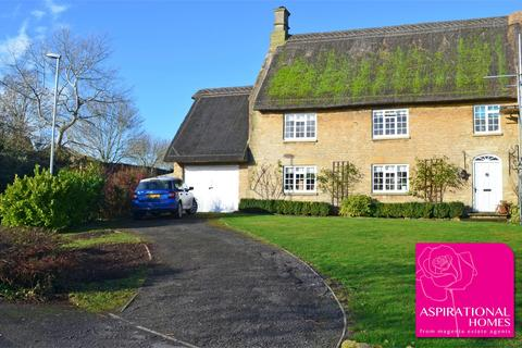 3 bedroom cottage for sale - North Street, Raunds, Wellingborough, Northamptonshire