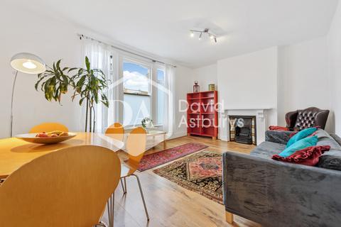 3 bedroom maisonette to rent - Whittington Road, Bounds Green, London