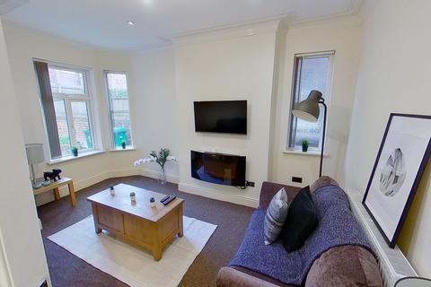 2 bedroom semi-detached house to rent - Dunlop Avenue, Lenton