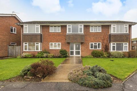 2 bedroom flat for sale - Harrow Drive, West Wittering, PO20