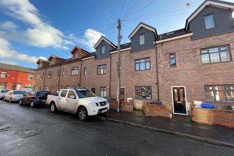 3 bedroom terraced house for sale - Balleratt Street, Manchester, M19