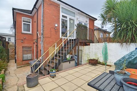 1 bedroom flat for sale - Charminster Road, Bournemouth