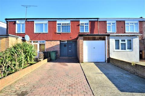 3 bedroom terraced house for sale - FOR SALE, THREE BEDROOM WITH GARAGE Rowan Avenue, Chingford E4