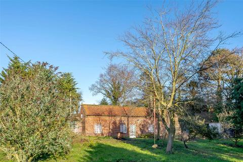 5 bedroom character property for sale - The Street, Little Barningham, Norwich, NR11