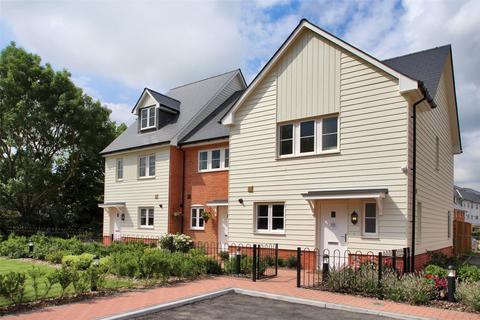 3 bedroom semi-detached house for sale - Carmelite Road, Aylesford, Kent, ME20