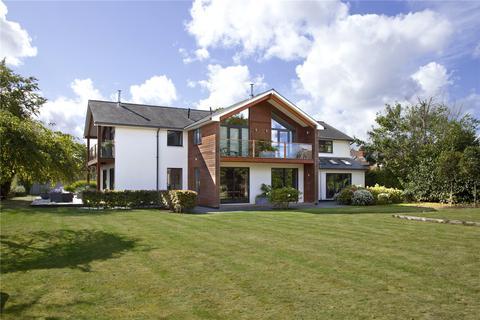 5 bedroom detached house for sale - Maidstone Road, Hadlow, Tonbridge, Kent, TN11