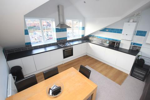 1 bedroom apartment to rent - High Street, Flitwick, MK45