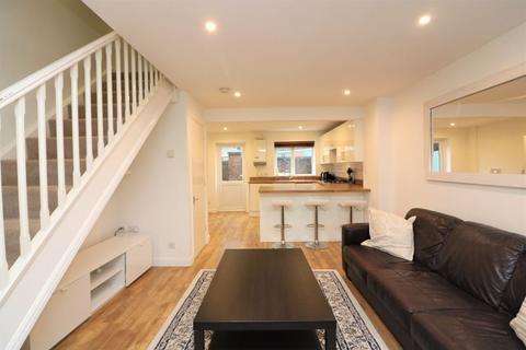 2 bedroom house to rent - Dingle Gardens, Poplar, E14