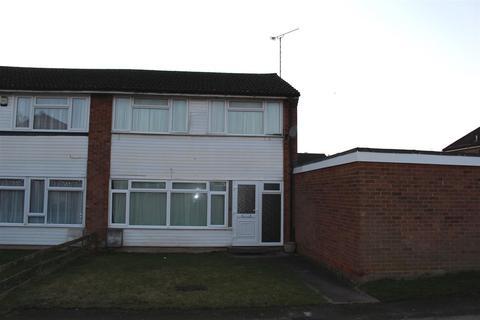 3 bedroom end of terrace house to rent - Clarkes Way, Houghton Regis