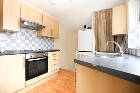 3 bedroom maisonette to rent - Mundella Terrace, Heaton, NE6