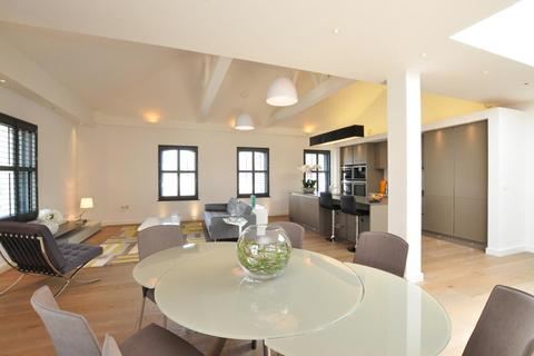 3 bedroom apartment to rent - St Martins Lane, Covent Garden, WC2N