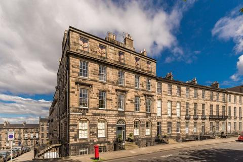 3 bedroom flat to rent - Nelson Street, Edinburgh