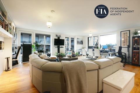 3 bedroom apartment for sale - Bowline Court, Brentford Lock West, Brentford