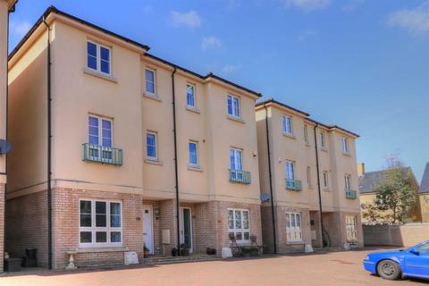 4 bedroom semi-detached house for sale - Malmesbury