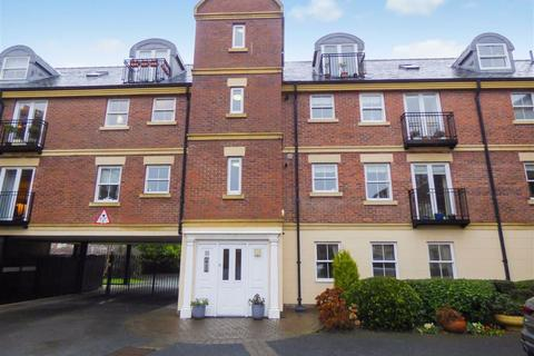 2 bedroom flat for sale - Kingswood Court, Tynemouth, Tyne & Wear