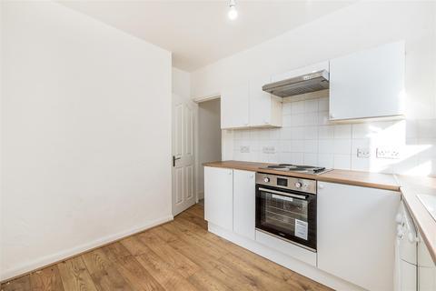 2 bedroom maisonette to rent - Auckland Hill, London
