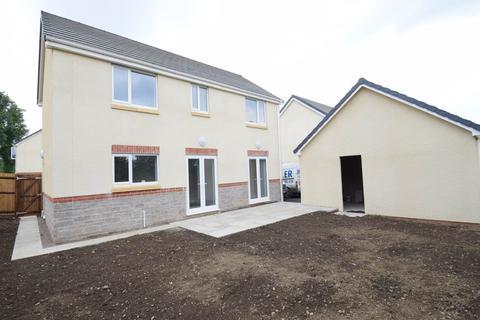 4 bedroom house to rent - Millers Wood, Penmaen, Blackwood