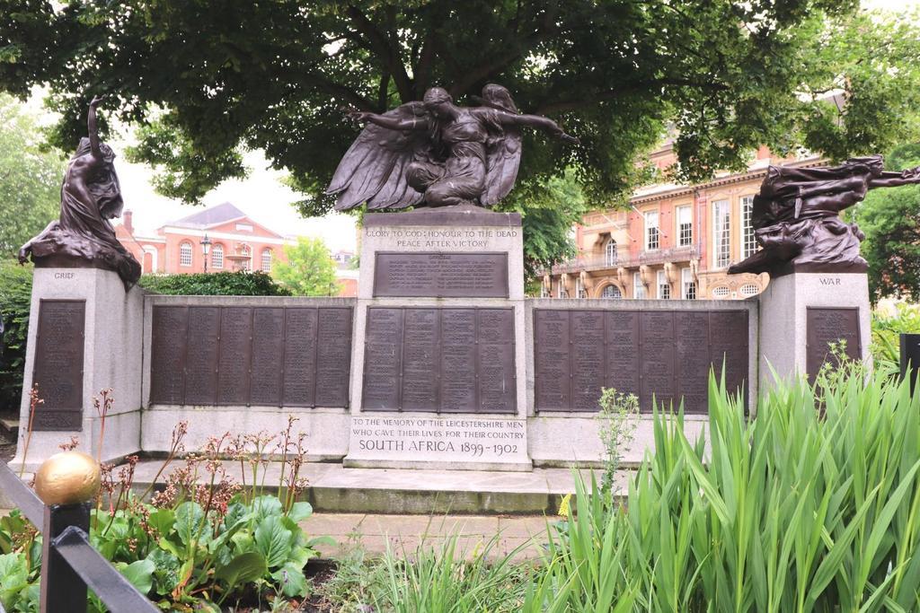 Town Hall Statue.JPG