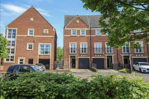 4 bedroom terraced house for sale - Featherstone Grove, Newcastle Upon Tyne