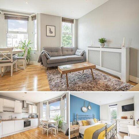 2 bedroom flat to rent - Ravenscroft Road Beckenham BR3