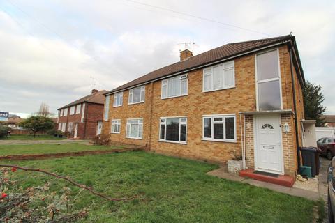 2 bedroom maisonette - Oak Way, Feltham, ,, TW14 8AT