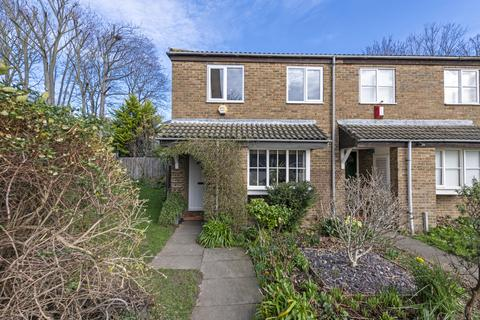 3 bedroom end of terrace house for sale - St Gerards Close, Clapham SW4