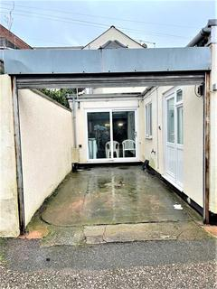 Property to rent - Victoria Road, Exmouth