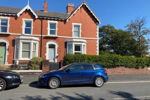 5 bedroom end of terrace house for sale - Westby Street, Lytham
