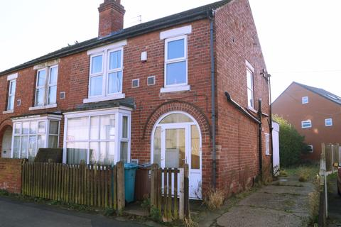 3 bedroom semi-detached house to rent - Clifton Boulevard, Nottingham NG7