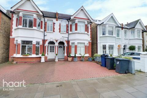 2 bedroom maisonette for sale - W3