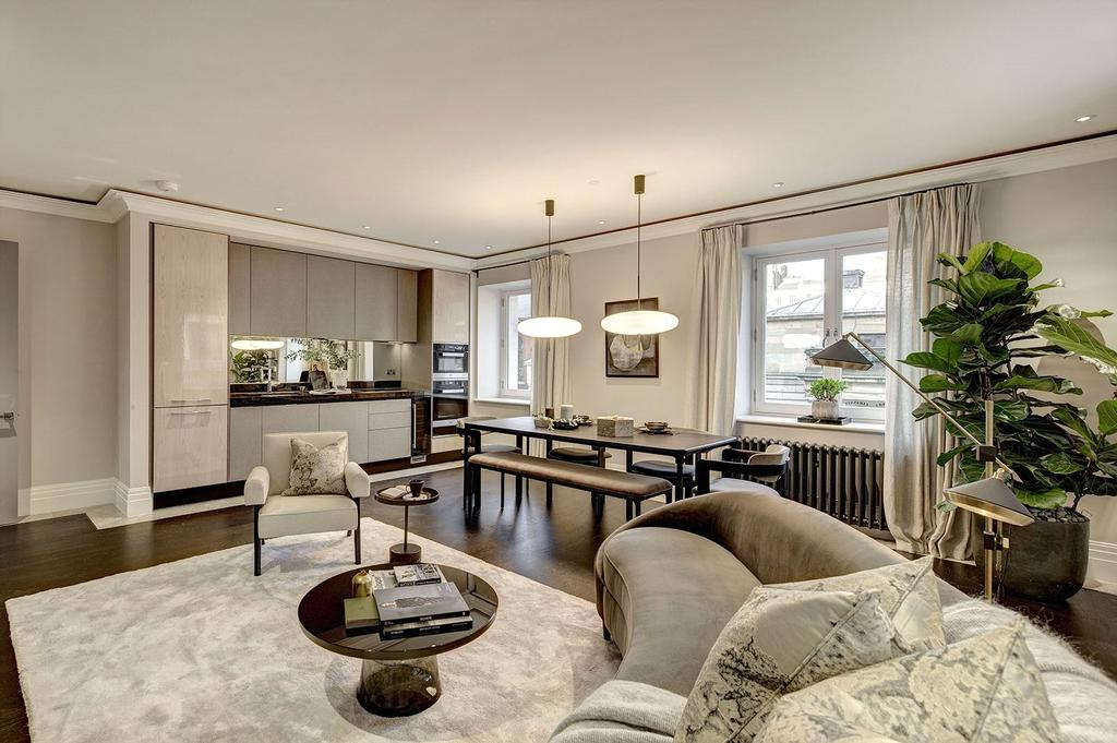 2 Bedrooms Apartment Flat for sale in The Beecham, Covent Garden, WC2E