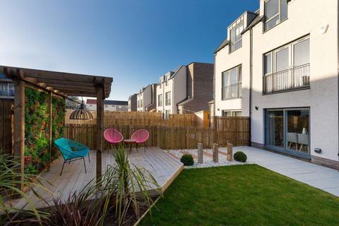 3 bedroom terraced house for sale - Plot 3, The Green at Longstone, Edinburgh, EH11 3PF