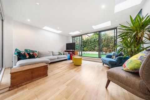 2 bedroom flat for sale - Rattray Road, SW2