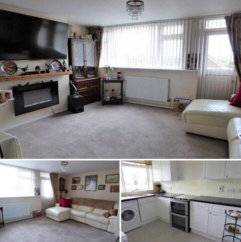 2 bedroom maisonette for sale - Warbank Crescent, New Addington, Croydon