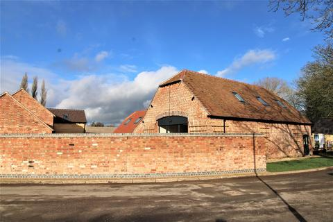 5 bedroom barn conversion for sale - Priory Road, Wolston, Coventry