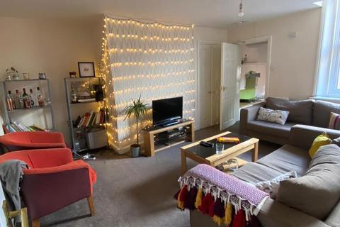 5 bedroom maisonette to rent - £80pppw - Dinsdale Road, Newcastle Upon Tyne
