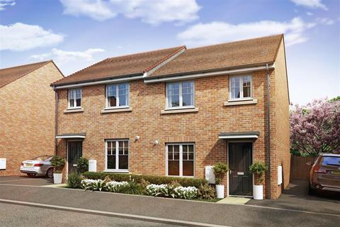 3 bedroom end of terrace house for sale - The Flatford - Plot 71 at Fallows Heath, Milestone Way WS7