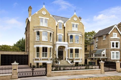 7 bedroom detached house to rent - Kew Road, Richmond, TW9
