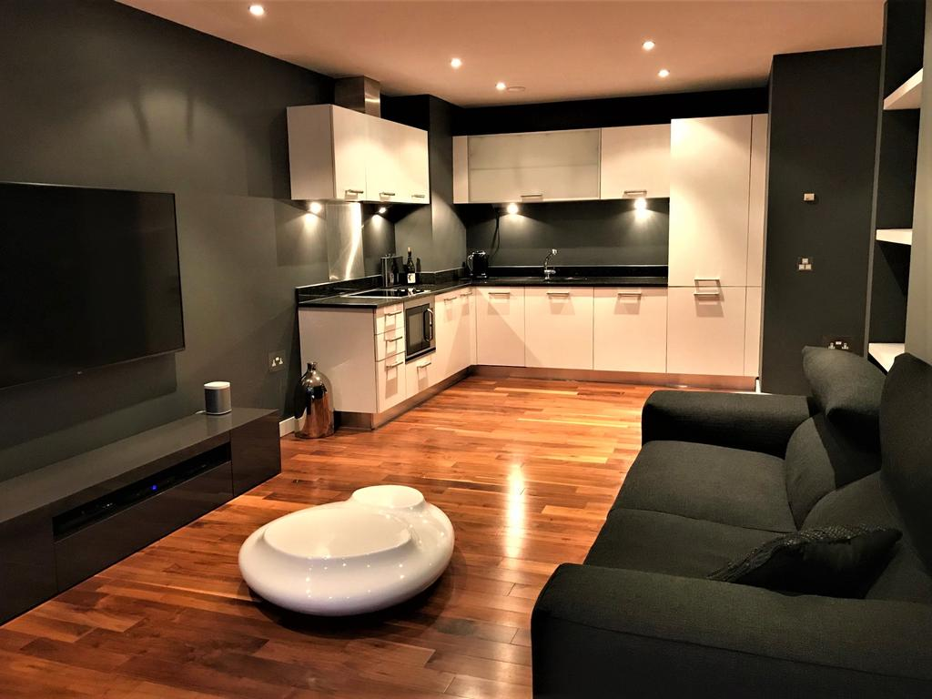Open plan living/dining room & kitchen