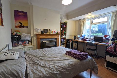 5 bedroom house to rent - Bevendean Crescent, Brighton, BN2