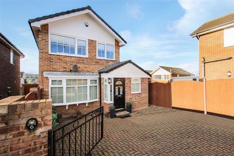 3 bedroom detached house for sale - Cliffe Park Mount, Wortley, Leeds, West Yorkshire, LS12