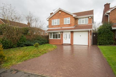 4 bedroom detached house for sale - Snowdon Way, Willenhall, WV12