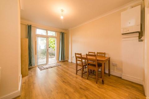 Studio to rent - Kingston Road, South Wimbledon, SW19