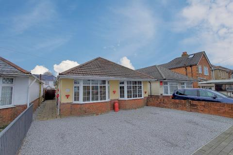 4 bedroom detached bungalow for sale - Rosemary Road Poole BH12 3HA
