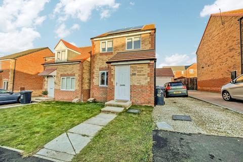 3 bedroom detached house for sale - Henderson Avenue, Wheatley Hill, Durham, Durham, DH6 3RZ