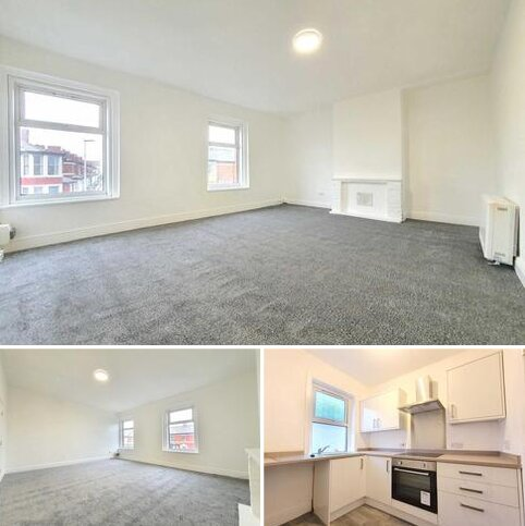 2 bedroom flat to rent - Carshalton Road, Blackpool